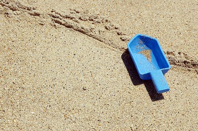 beach-1661629_640.jpg
